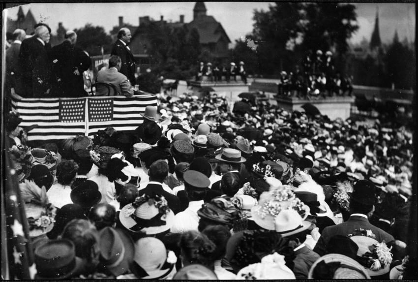 William Jennings Bryant opening his Minnesota presidential campaign in 1908