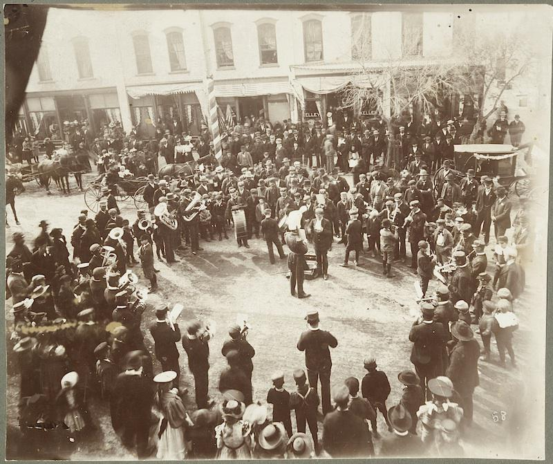 Return of Soldiers from the Spanish American War