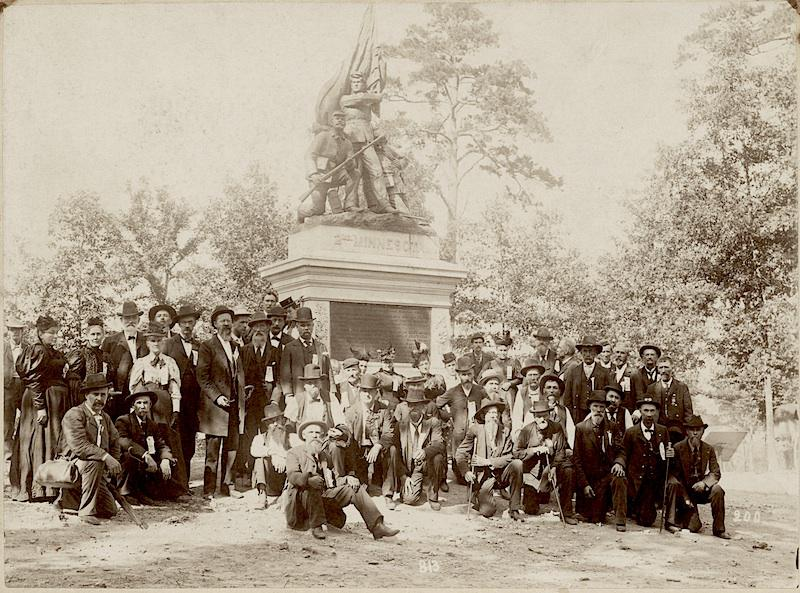 The Second Minnesota Volunteer Infantry veterans at dedication of monument to the Second Minnesota Volunteer Infantry, Snodgrass Ridge, Chickamauga, Georgia
