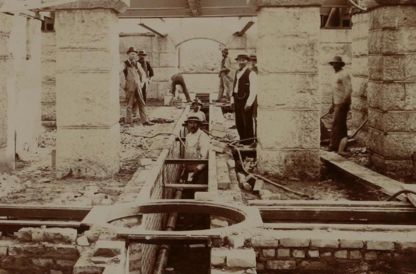 Concreting sub-basement, 1897-9-24