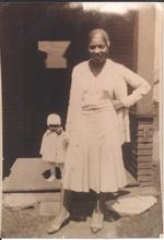 """Coopie"" and daughter Martha Anderson, daughter and granddaughter of Ernest Jones"